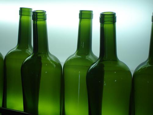 por que las botellas de vino son verde oscuro