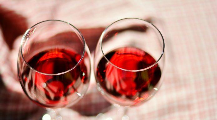 propiedades y beneficios del vino rosado
